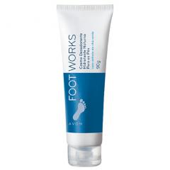 Avon Foot Works Creme Desodorante Hidratante Noturno para os Pés 90 G